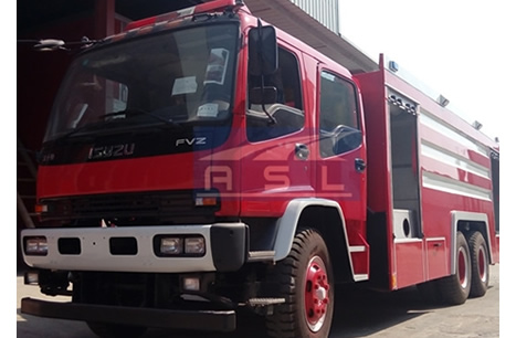 isuzu 10wheels 15cbm watertank fire truck